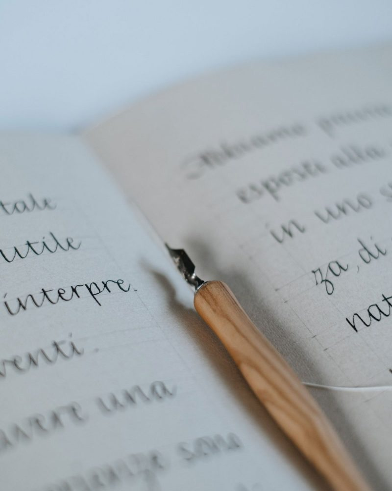 quaderno scrittura calligrafia pennino